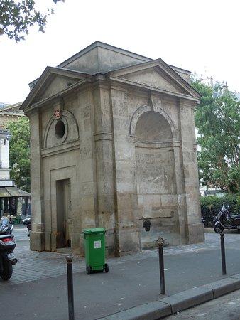 Fontaine de la Petite Halle