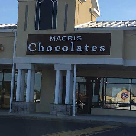 ‪Macris Chocolates‬