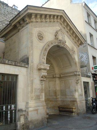 Fontaine De La Roquette