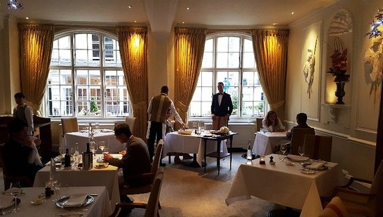 Stately Relaxing Dining Room Picture Of The Goring Dining Room