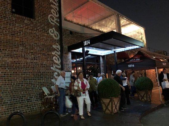 B & B Butcher & Restaurant - Houston: Complimentary Valet parking