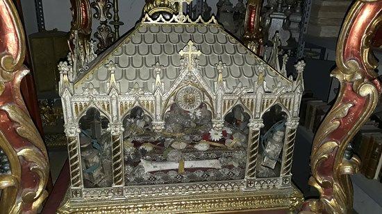 Riolunato, Ιταλία: reliquiario