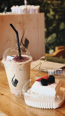 Iced Rose Latte and MilkCake