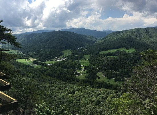 Seneca Rocks State Park: View from observation deck