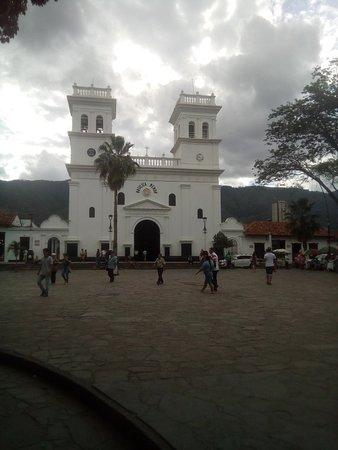 Giron, Colombia: Basilica San Juan Bautista