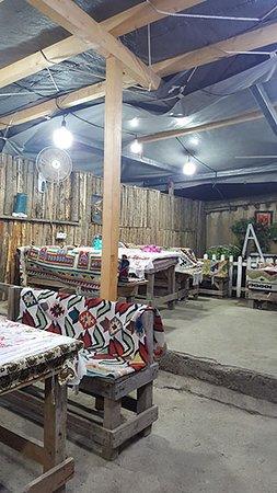 Masuleh, Iran: Bamdad restaurant internal view