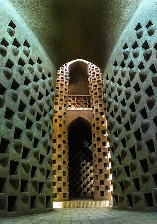 The Architecure of Meybod Pigeon Tower