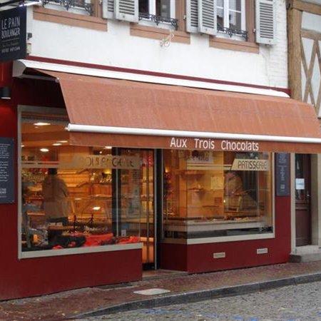 Erstein, Frankrig: Devanture de l'établissement.