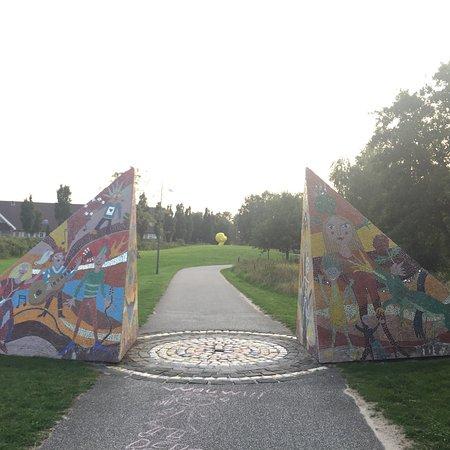 Skulpturpark Billund: photo0.jpg