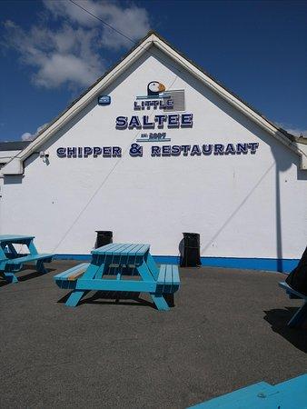 Kilmore Quay, Ireland: Outside seating