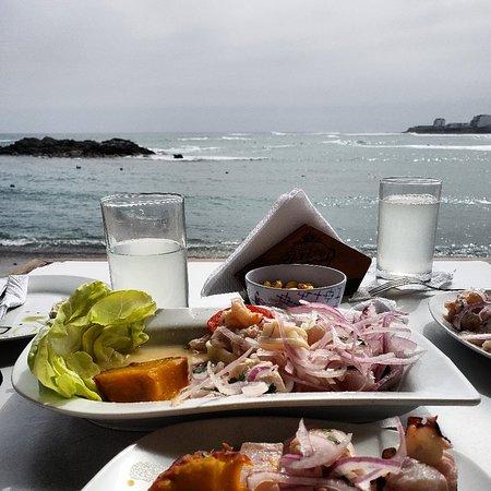 San Bartolo, Perù: Restaurant Albamar