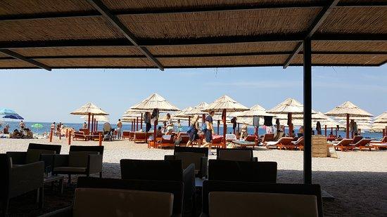 Petrovac, Montenegro: la spiaggia