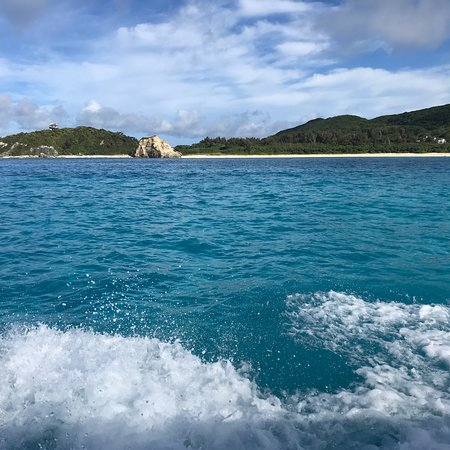 ハナリ島 (離島)