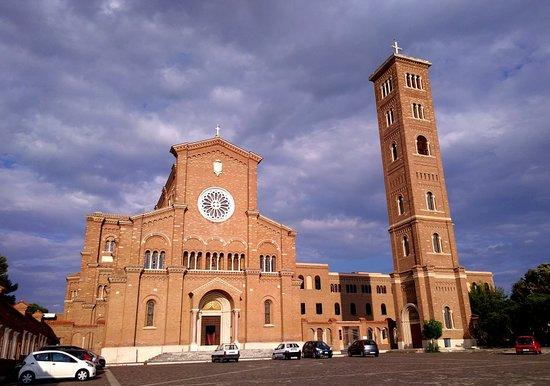 Basilica di Santa Teresa