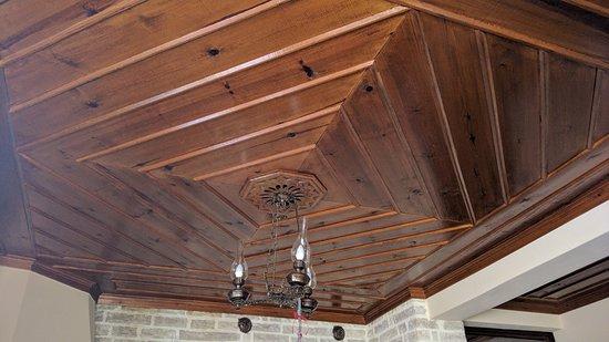 Rodavgi, Grekland: traditional roof of room