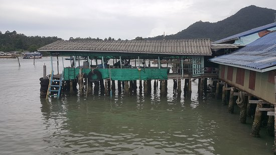 Bang Bao Beach: 20180825_103352_large.jpg