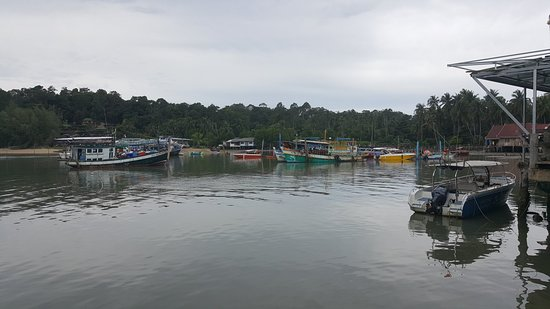 Bang Bao Beach: 20180825_102706_large.jpg