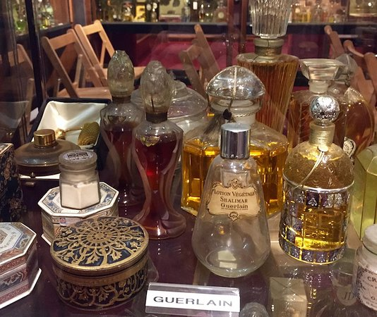 Museo del Perfume (Museum of Perfume)