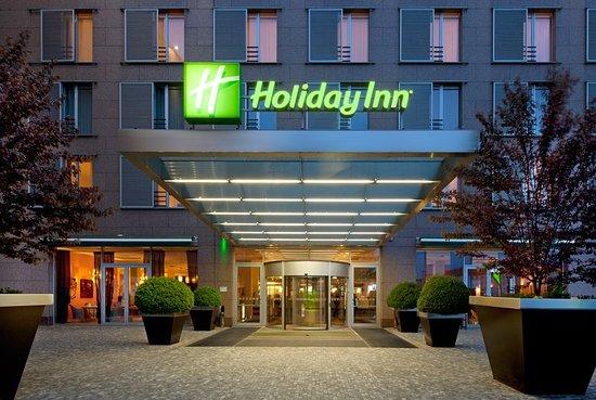 Holiday Inn Prague Congress Centre: Exterior