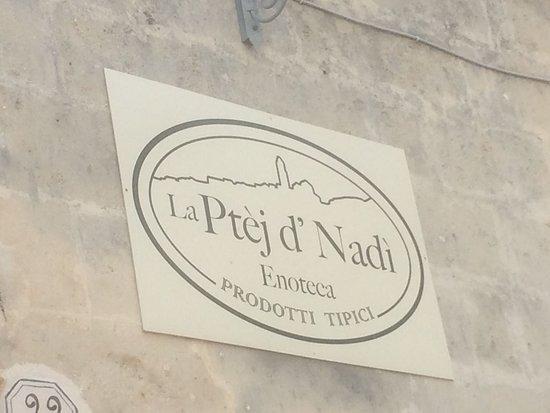 Ptej d'Nadi: Hier moet je zijn.