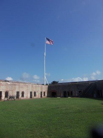 Fort Macon: Flag