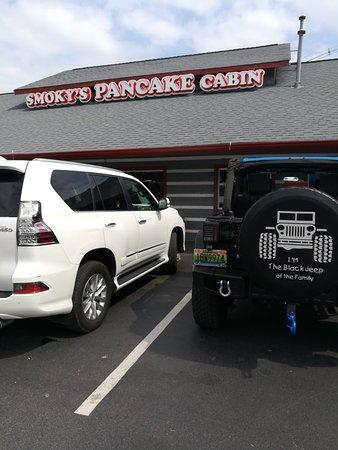 Smoky's Pancake Cabin: TA_IMG_20180826_114111_large.jpg