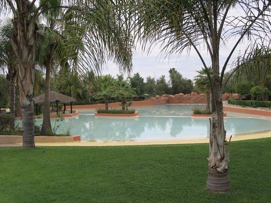 Oasiria Water Park: Один из бассейнов