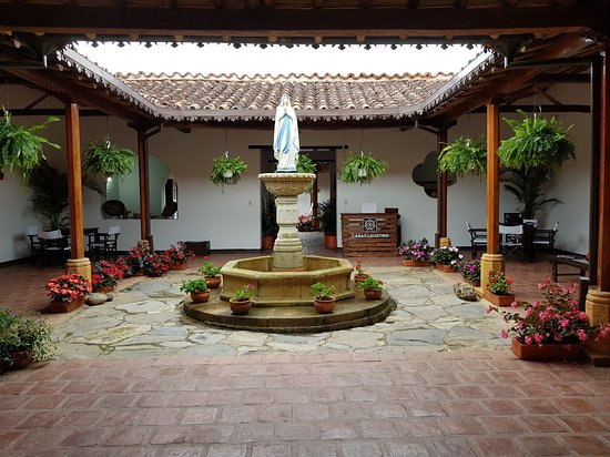 Hotel Casa Claustro de Zapatoca: Fuente