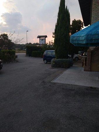 Collecorvino, Italy: IMG_20180825_193427_large.jpg
