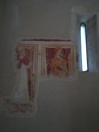 Bominaco: Affreschi nella Chiesa di S. Maria Assunta