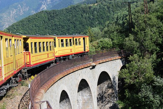 Le Train Jaune: Tchou Tchou