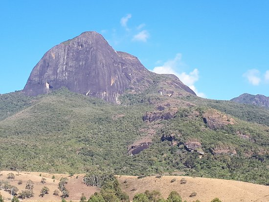 Aiuruoca, MG: Pico do Papagaio