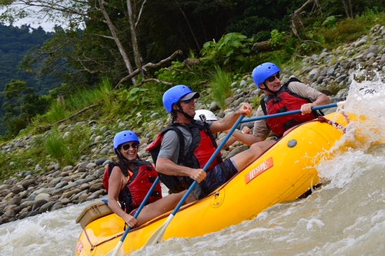 Pro Rafting Costa Rica: Check out the faces on the boys
