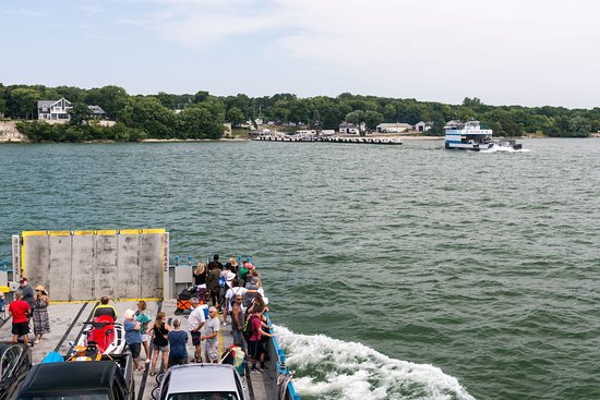 Miller Boat Line: Arriving at PIB from Port Clinton