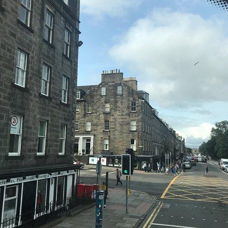 Edinburgh Hop on Hop Off Tours: photo1.jpg