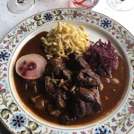 Obersteigen, Франция: Repas très agréable - foie gras / civet de biche et pintade