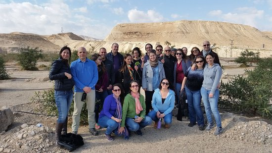 Almog, Palestijnse grondgebieden: Groups of all kinds come and visit the farm