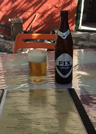 Vafkeri, Greece: Koud biertje in koud glas