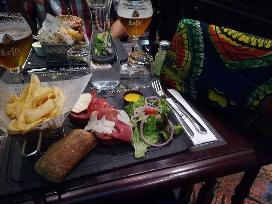 Welsh Burger Picture Of Au Bureau Lyon Tripadvisor