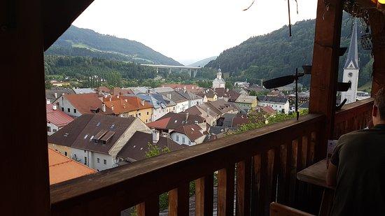 Alte Burg: Ausblick vom Balkonbereich