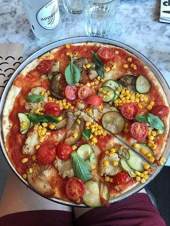Stripped Pizza Aeschenvorstadt Basel Restaurant Reviews