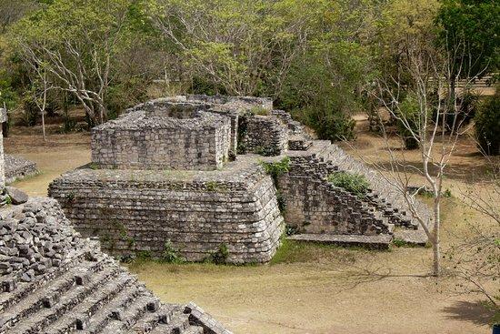 Ek Balam: Alter Tempel