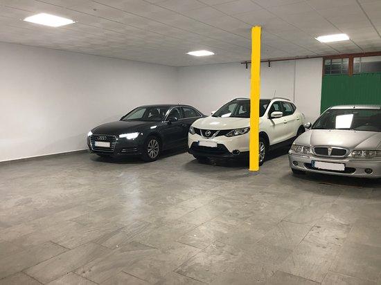 Miguelturra, Spain: Garaje