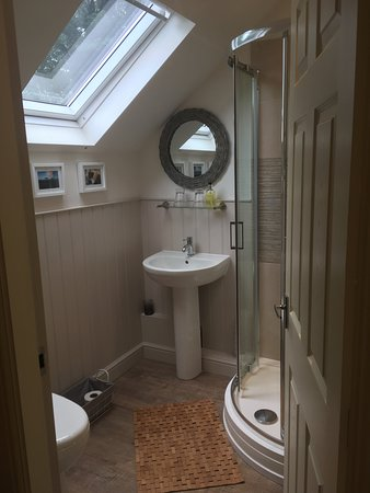 Stoney Middleton, UK: Bathroom