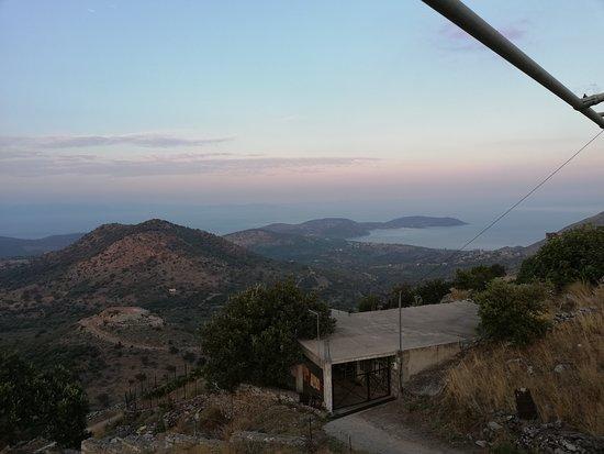 Skoutari, Greece: Θέα απο το μπαλκόνι του μαγαζιού