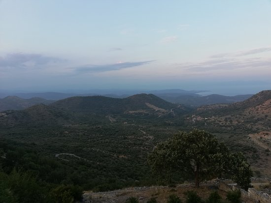 Skoutari, กรีซ: Θέα απο το μπαλκόνι του μαγαζιού