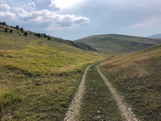 Санто-Стефано-ди-Сессаньо, Италия: sentiero