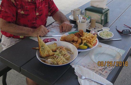 เลกเฮิร์สต, นิวเจอร์ซีย์: Gregory's Seafood Market & Restaurant