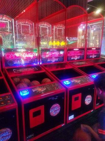 Dave & Buster's - Arcade Photo