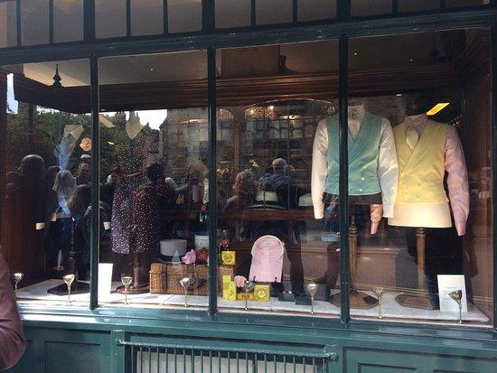 St. John's College: vintage shops at Cambridge